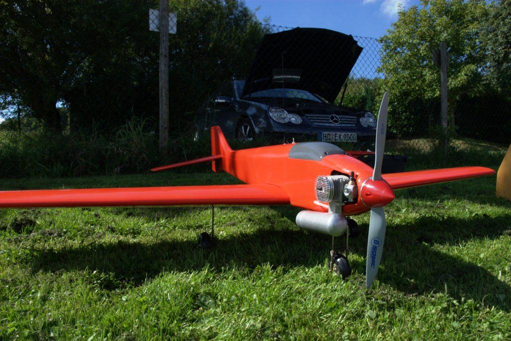 Modellflug in Gaiberg: Curare auf dem Modellflugplatz